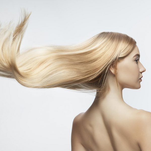 efekt koloryzacji bardzo jasny popielaty blond