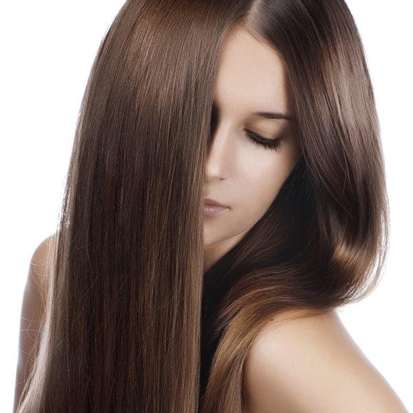 kasztanowy kolor włosów