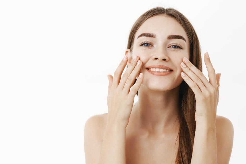 Skuteczne kosmetyki na przebarwienia skóry.